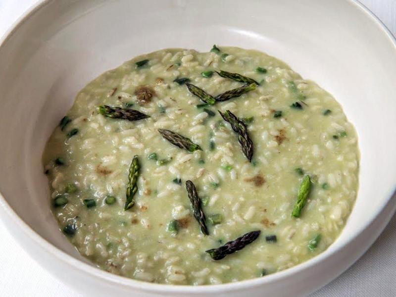 riso al brodo di tiglio, asparagi, Povero Diavolo, Chef Piergiorgio Parini, Torriana