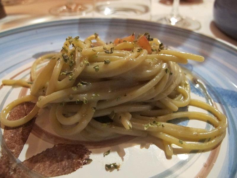 Spaghettini con alici di Menaica, Oste Scuro, Chef Simone Lugoboni, Verona