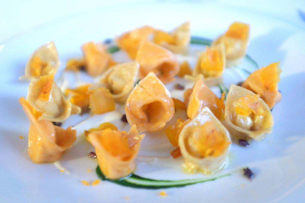 Tortelli di pasta di peperone, Antica Osteria della Peppina, Alseno, Piacenza