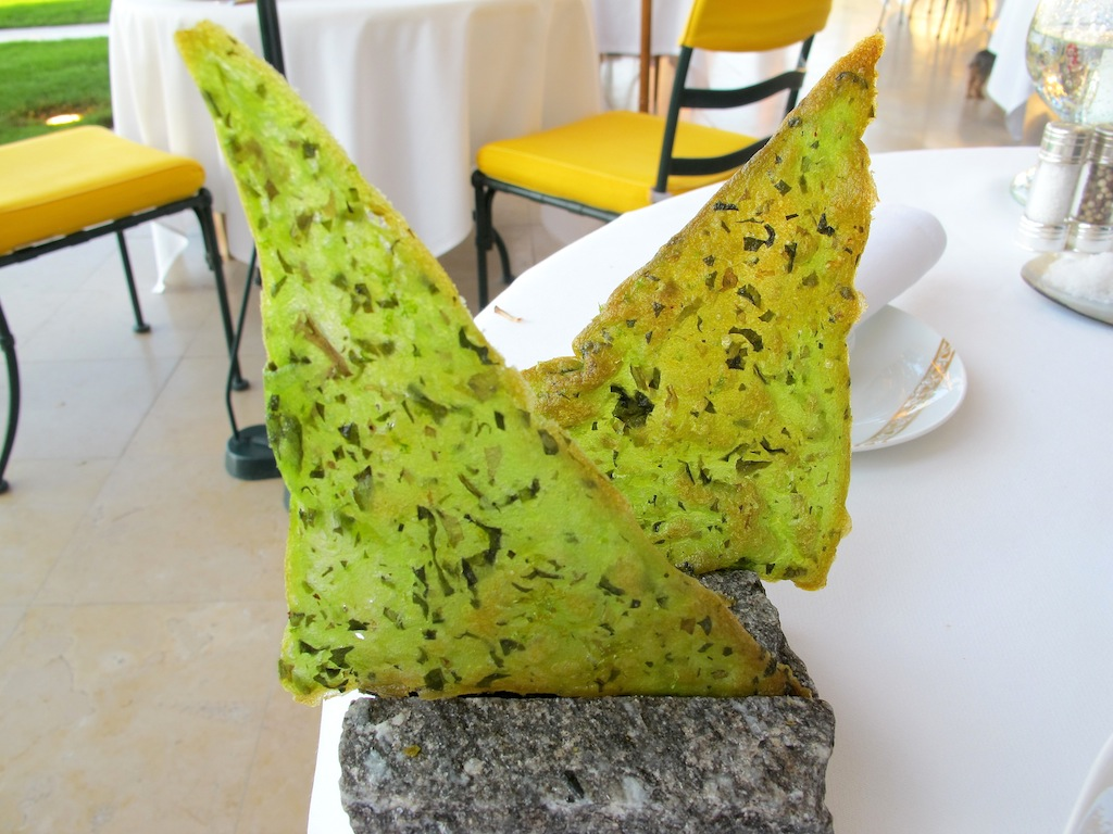 tuile croccante, La Vague d'Or, Chef Arnaud Donckele, Saint-Tropez