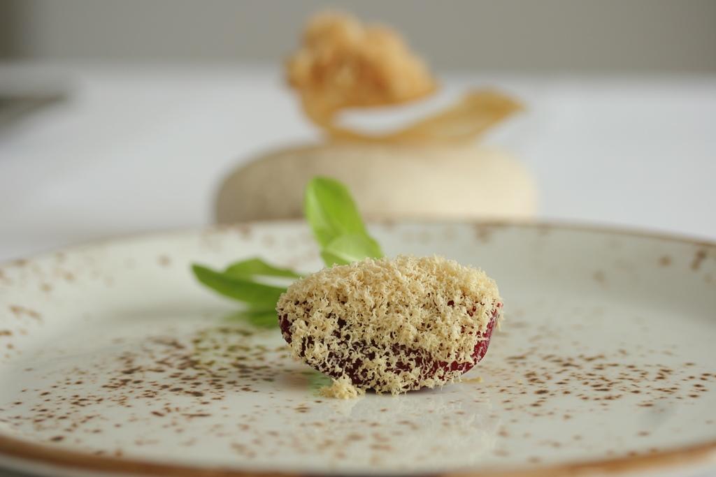 PRUGNA, FOIE GRAS, PATATA DOLCE E CANAPA DI MAIALINO, Chef Angelo Sabatelli