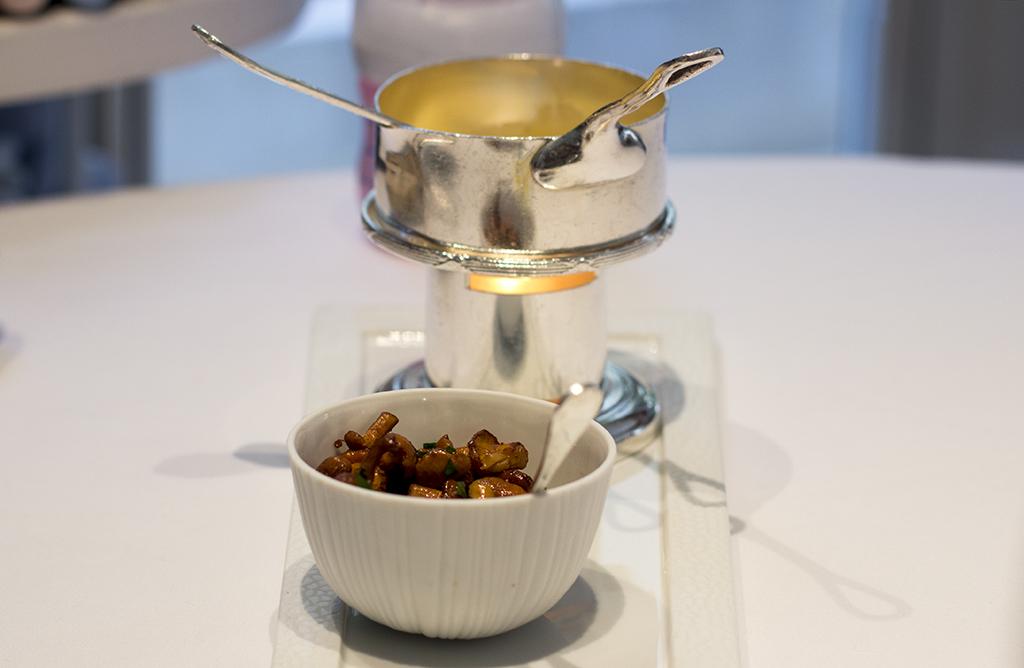 salsa ai finferli, Epicure au Bristol, Chef Eric Frechon, Paris