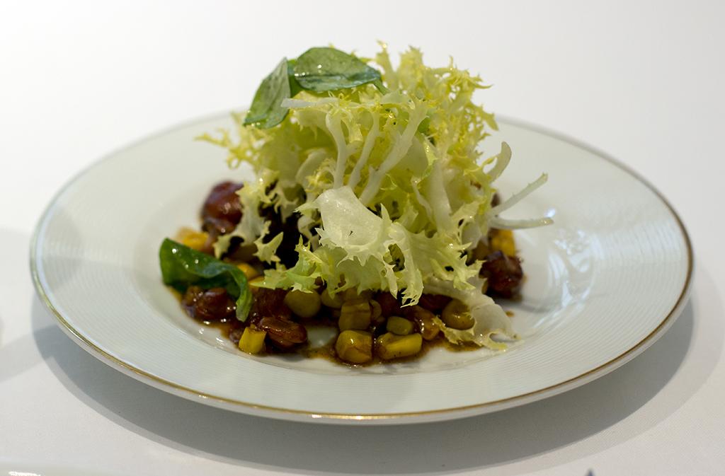 insalatina di fingerli e coscia d'anatra, Epicure au Bristol, Chef Eric Frechon, Paris