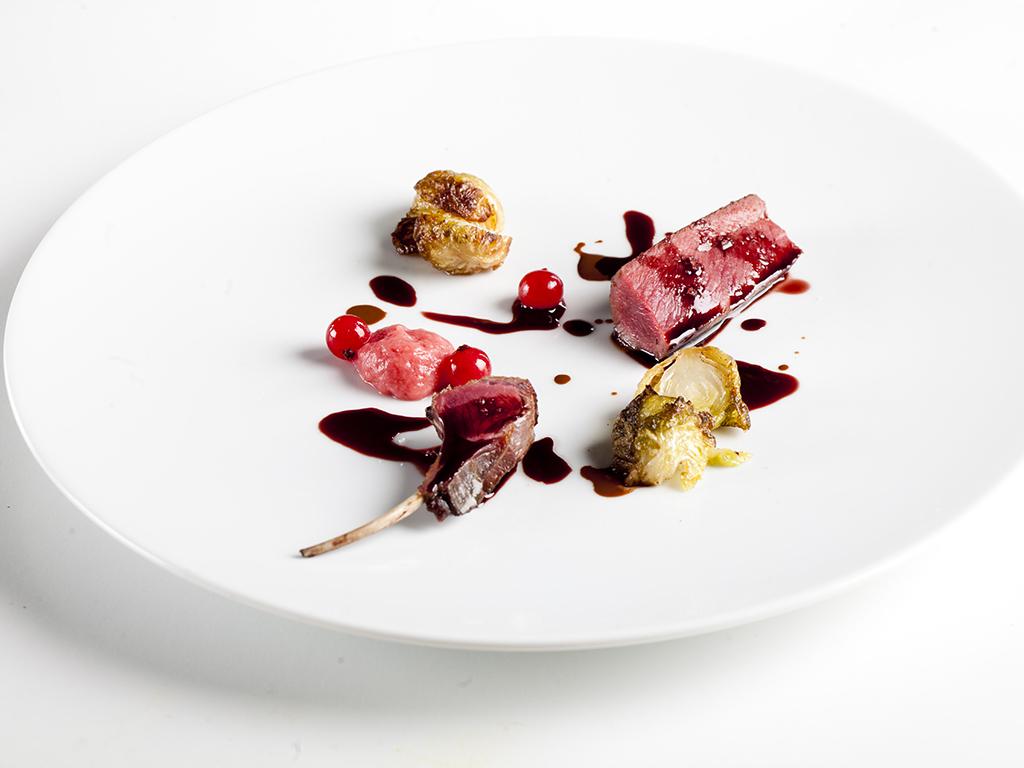 lepre al sangiovese chinato e radice di rabarbaro, Chef Gianluca Gorini