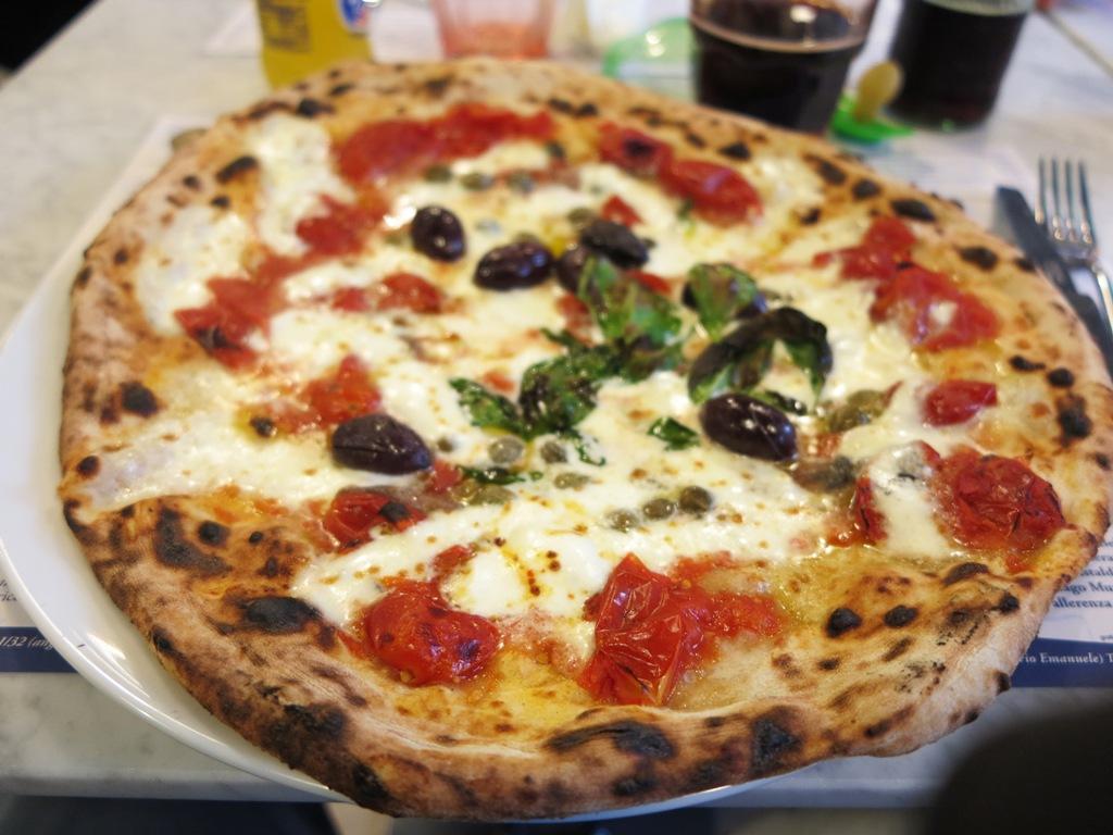 Pizza Calabrese, Lievito Madre al Duomo, Gino Sorbillo, Milano