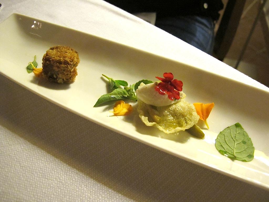 chips di mais con quenelle di ricotta, S'Apposentu, Chef Roberto Petza, Siddi