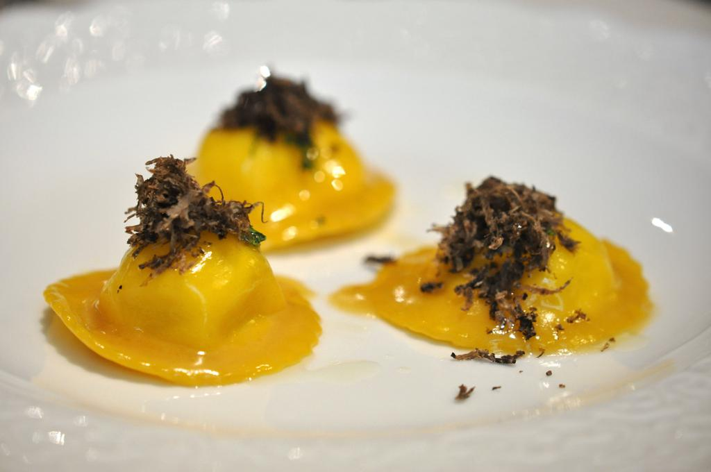 ravioli farciti di pecorino, Casa Perbellini, Chef Giancarlo Perbellini, Verona