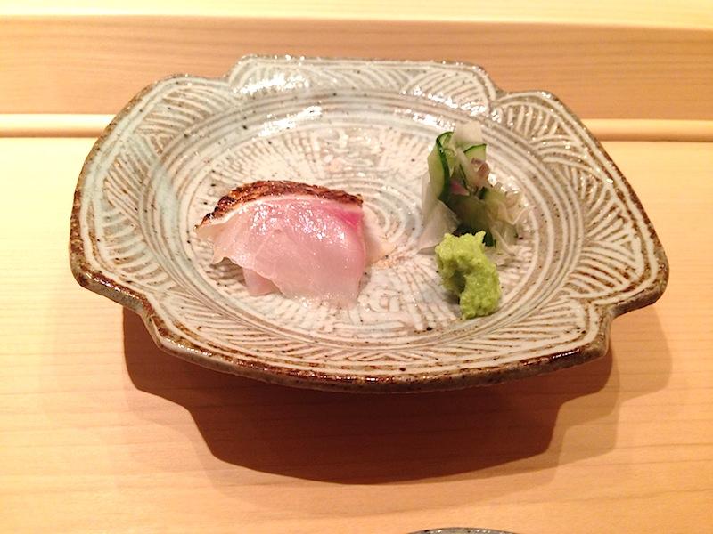 scorfano affumicato, Sushi Yoshitake, Chef Masahiro Yoshitake, Tokyo