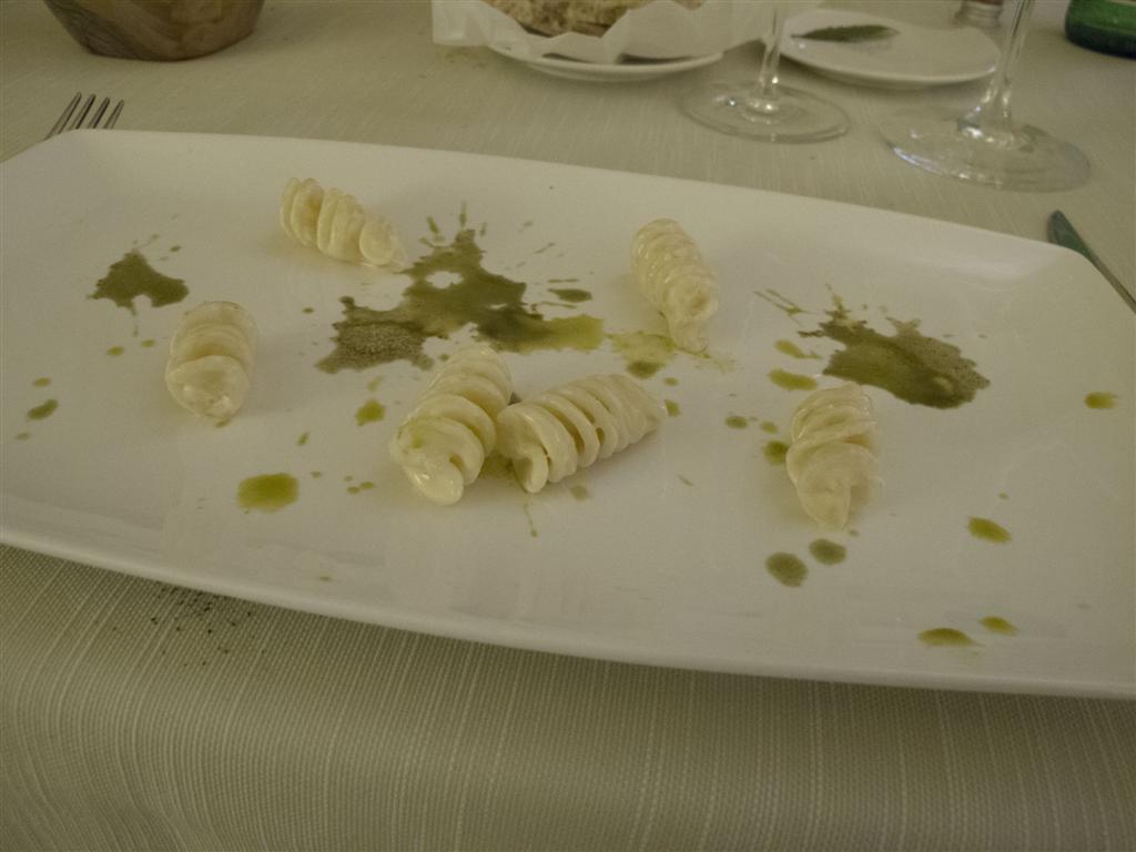 fusilloni serviti con salsa purissima,  Il Tiglio, Chef Enrico Lazzaroni, Montemonaco