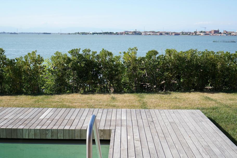 piscina vista venezia, JW Marriott Venezia, Isola delle Rose, Venezia
