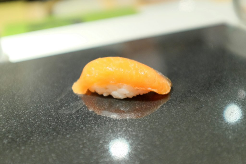 salmon, Sushi Nakazawa, Daisuke Nakazawa, New York