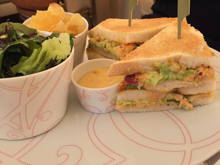 club sandwich all'astice, La Galerie, Plaza Athénée, Parigi