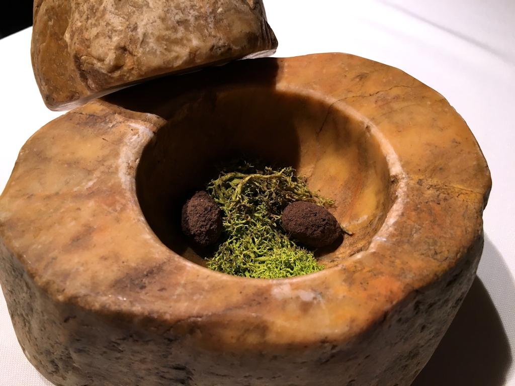Bombon al tartufo, El Celler de Can Roca, Chef Joan Roca, Girona, The World's 50 Best Restaurants
