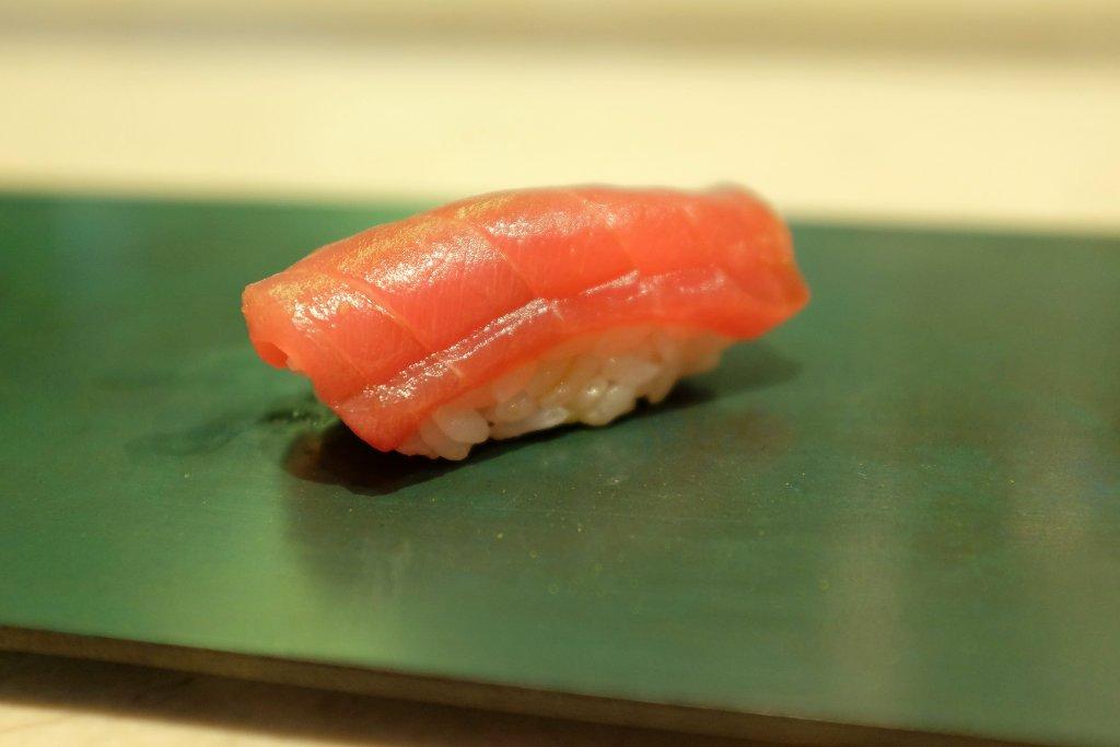 nighiri, tonno, Sushi B, Chef Masayoshi Hanada, Paris