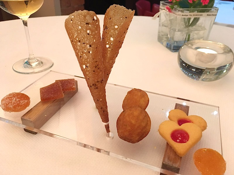 petit fours, Maison Decoret, Chef Jacques Decoret, Vichy, France