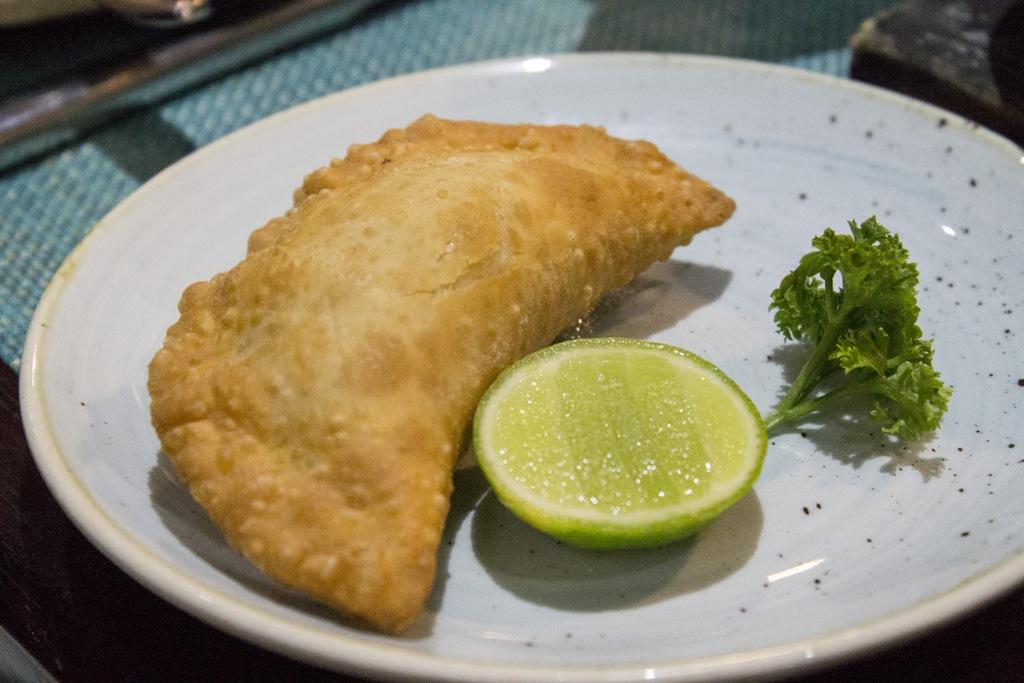 empanadas, La Mar Cebicheria Peruana, Lima, Perù