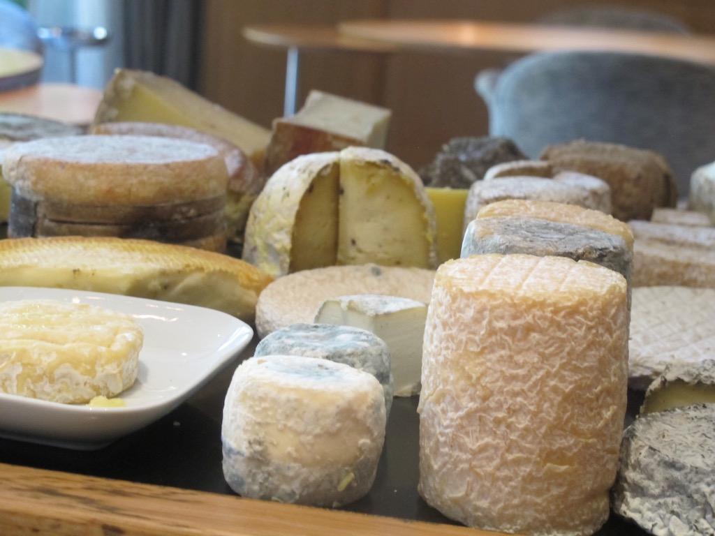 formaggi,Troisgros, Chef Michel Troisgros, César Troisgros, Roanne, France