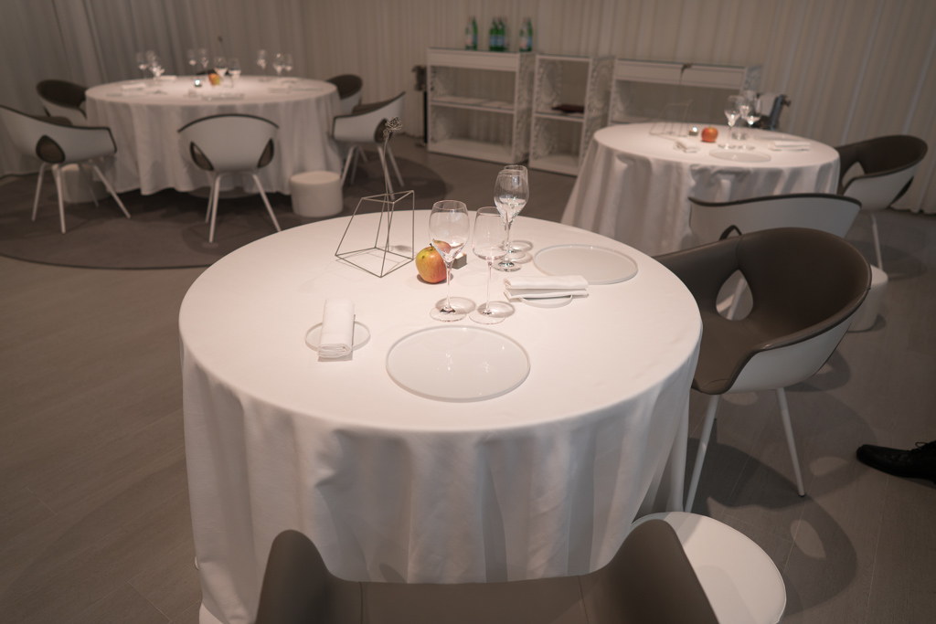 tavolo, lume, chef luigi taglienti, milano