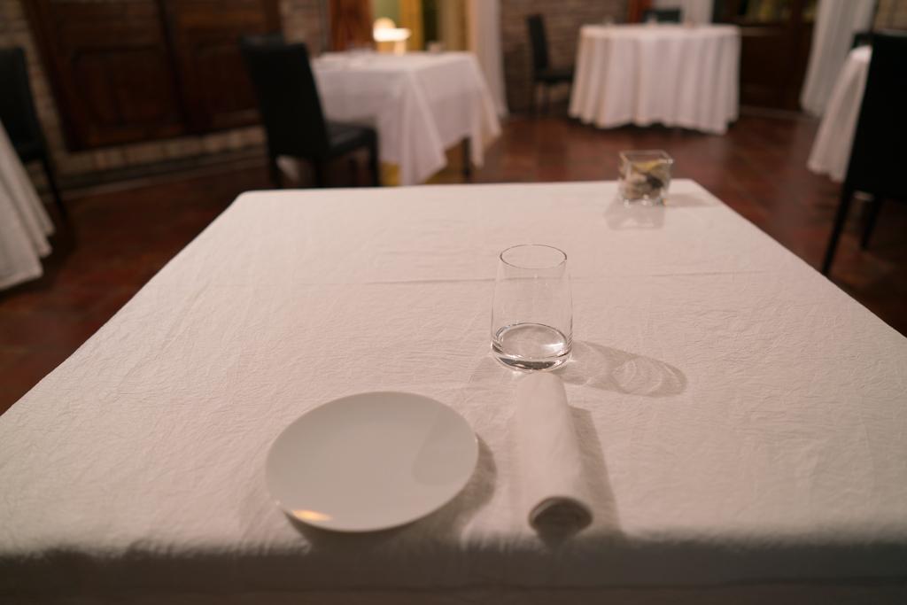 mise en place, La Madernassa, Chef Michelangelo Mammoliti, Guarente, Cuneo, Piemonte