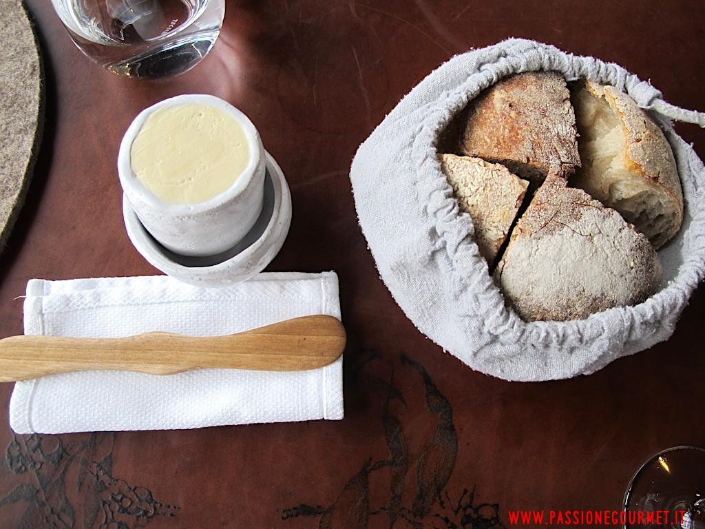 La Grenouillere: Servizio del pane
