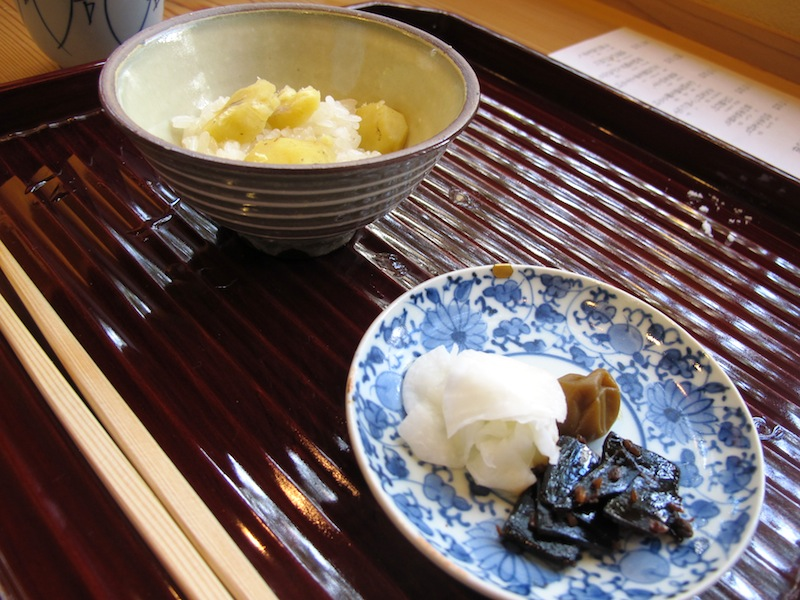 riso e castagne, Soba Ryuheisoba, Kyoto, Giappone