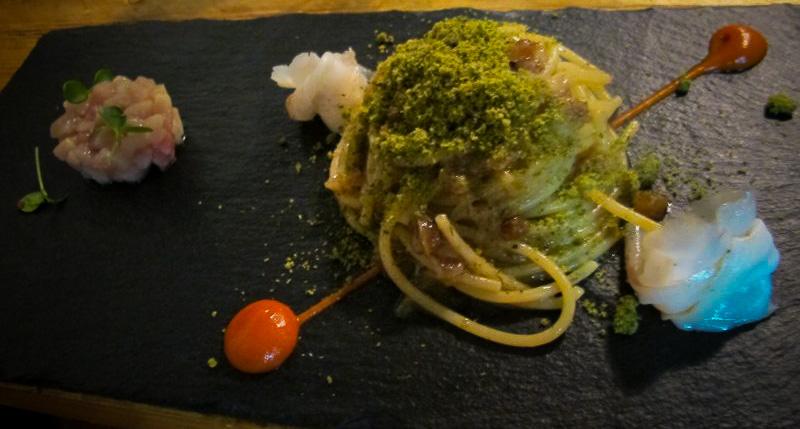 spaghettone con uvetta e pesce spada, Marzapane, Chef Alba esteve Ruiz, Roma