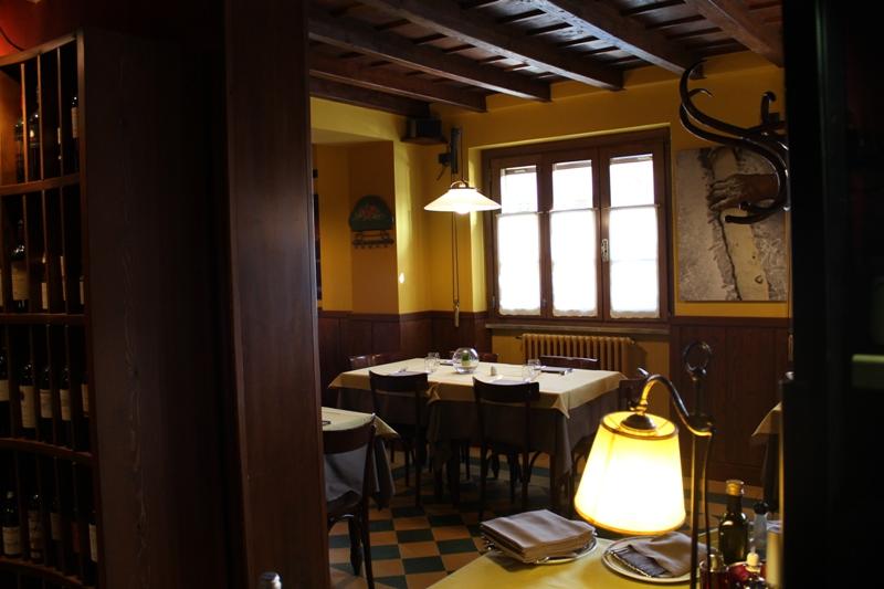 saletta, Antica Trattoria del Gallo, Chef Reina, Gaggiano, Milano