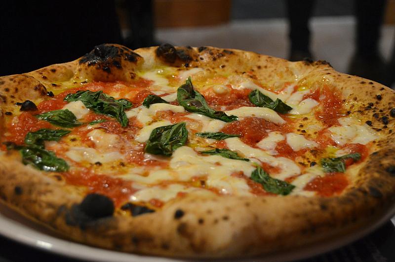 Margherita, Pizzeria 50 Kalò di Ciro Salvo, Napoli