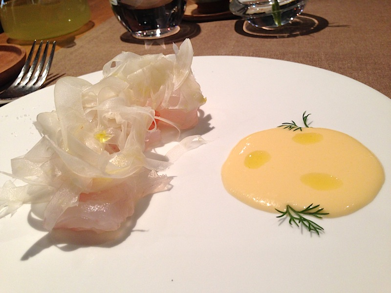 Carpaccio di orata, Restaurant Sola, Hiroki Yoshitake, Parigi, Francia