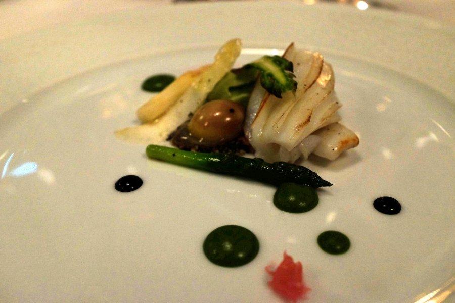 seppia alla griglia, asparagi, uovo, Il Pagliaccio, Chef Anthony Genovese, Roma