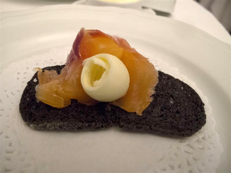 Salmone affumicato, Locanda dell'Angelo, chef Mauro Ricciardi, Ameglia
