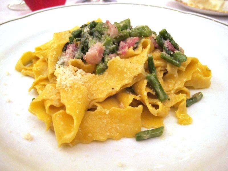 tagliatrella con asparagi, L'Ambasciata, Fratelli Tamani, Quisitello