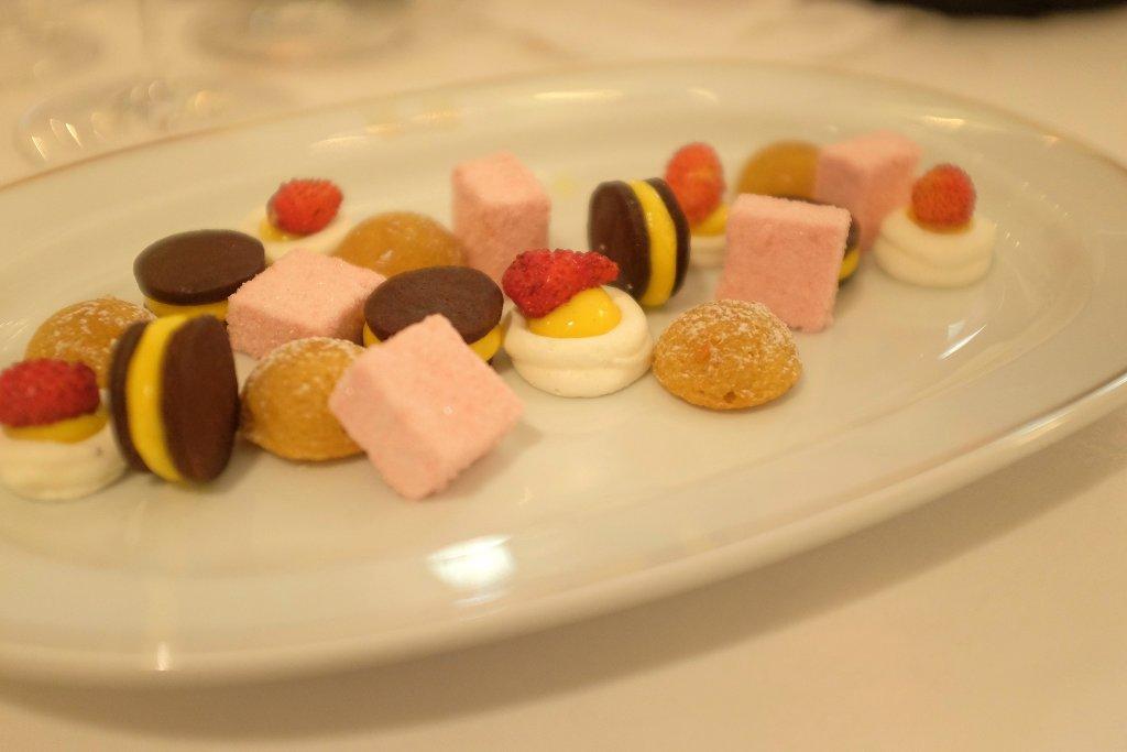 amenities, Del Cambio, chef Matteo Baronetto, Torino