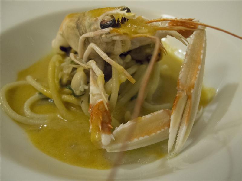 omaggio allo spaghetto allo scoglio, Duomo, Chef Ciccio Sultano, Ragusa Ibla