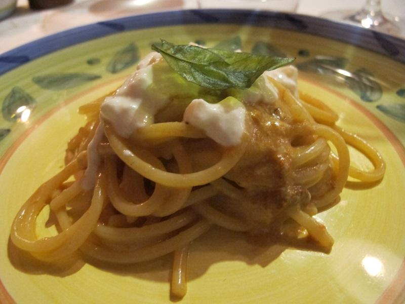 Spaghettoni con ricci di mare e burrata, Oste Scuro, Chef Simone Lugoboni, Verona