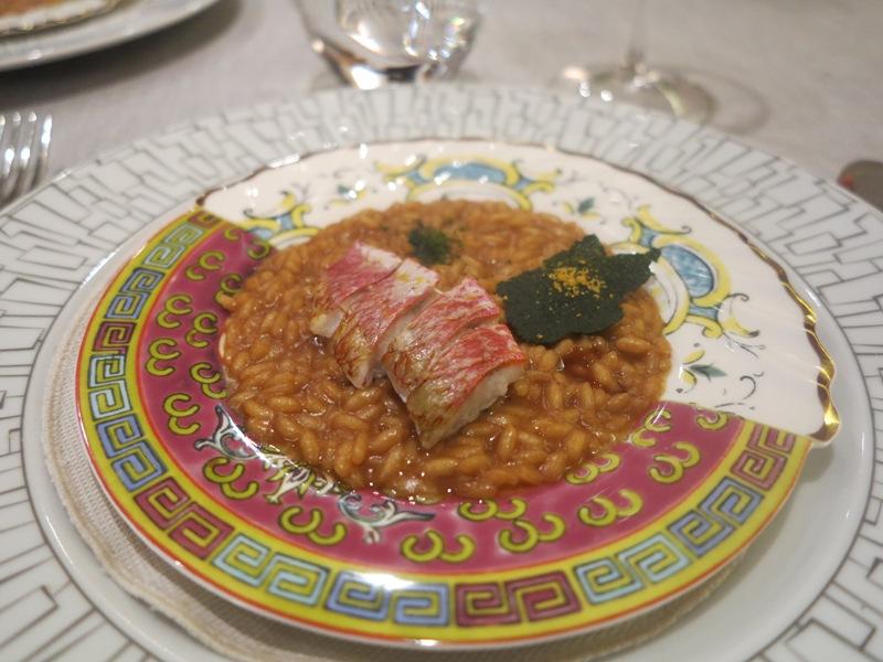 risotto mantecato al miso, triglie e tè, Chef Carlo Cracco, Milano