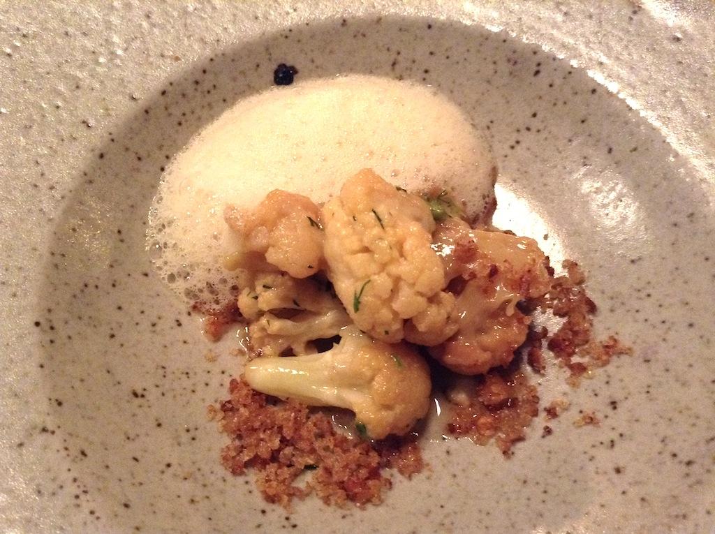 Cavolfiore e salsa cozze, In De Wulf, Chef Kobe Desramaults, Heuvelland