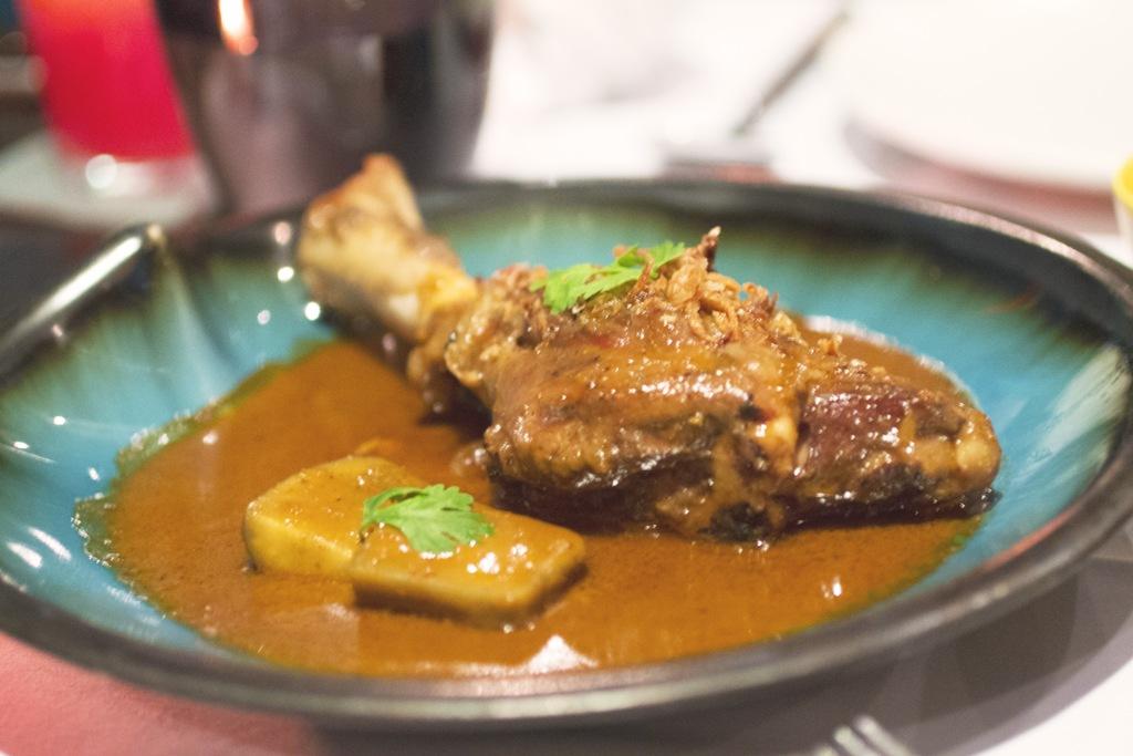 mussamun gae, Issaya Siamese Club, Chef Ian Kittichai, Bangkok