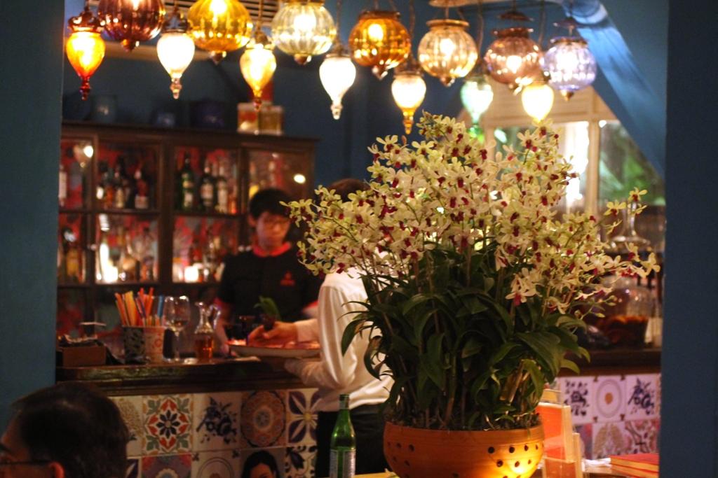 bancone, Issaya Siamese Club, Chef Ian Kittichai, Bangkok