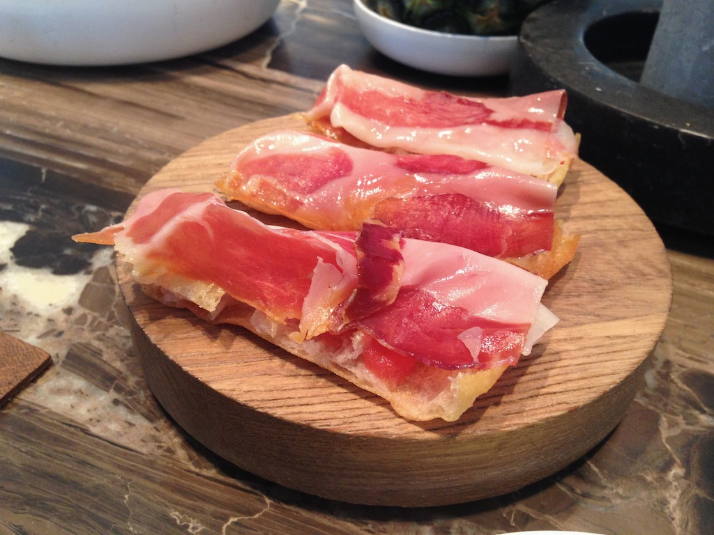Crostino con prosciutto, the Jane Upper Room Bar, Chef S. Herman, Anversa
