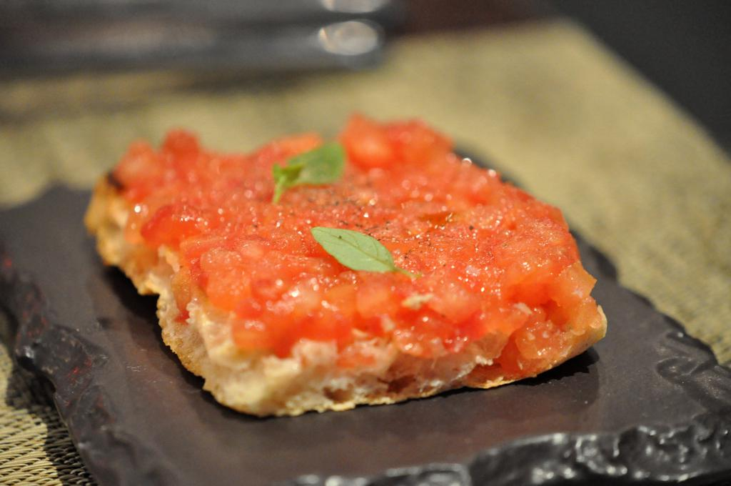 bruschetta al pomodoro, Joël Robuchon, Chef Christophe Cussac, Montecarlo, Principato di Monaco