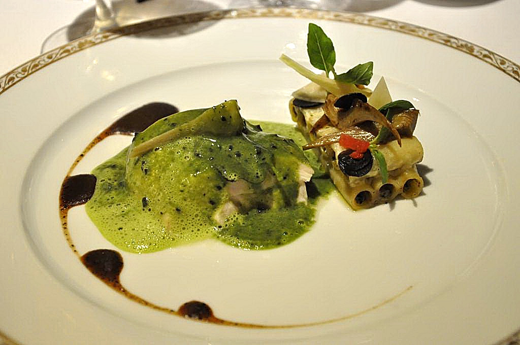 zitone e supreme di pollo, La Vague d'Or, Chef Arnaud Donckele, Saint-Tropez