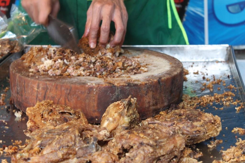 pollo fritto, Thai Street Food, Bangkok, Thailandia