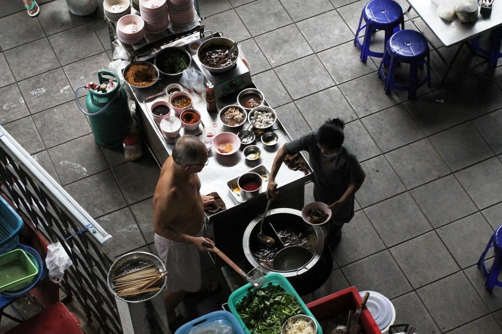 fermata alla metropolitana, Thai Street Food, Bangkok, Thailandia