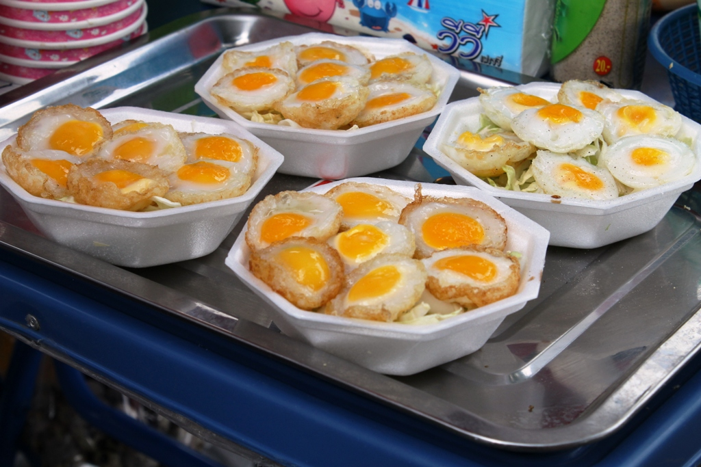insalata di uova, Thai Street Food, Bangkok, Thailandia