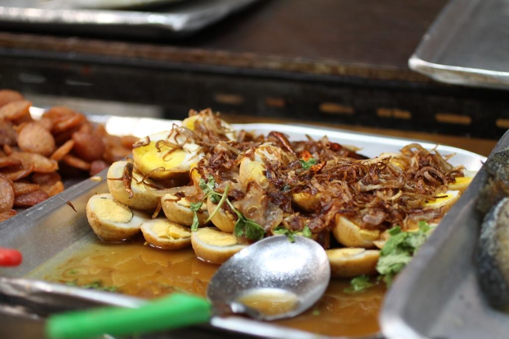 uova, Thai Street Food, Bangkok, Thailandia