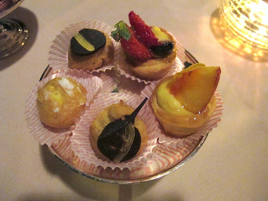 piccola pasticceria, Belvedere, Chef Antonello Arrus, Santa Margherita di Pula
