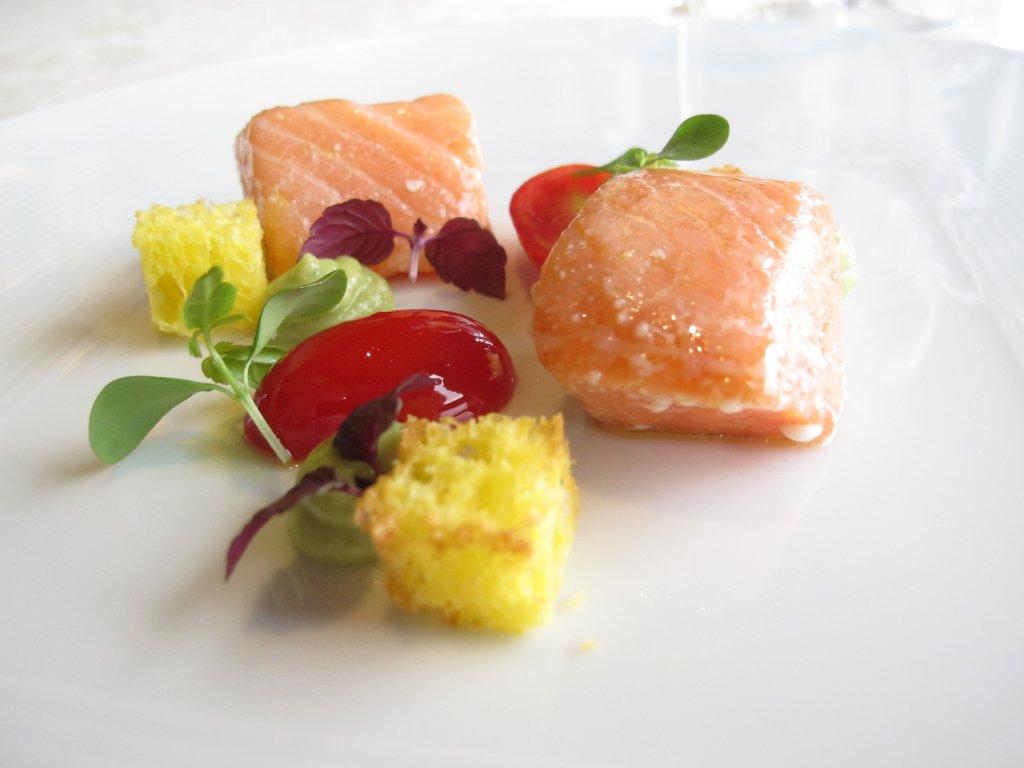 Salmone in oliocottura, Chef Beppe Maffioli, Carlo Magno, Collebeato, Brescia
