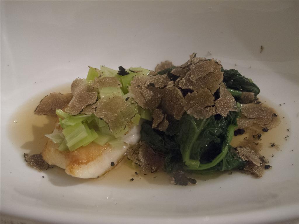rombo in in fuso di pesce, porri brasati e tartufi, The Lord Nelson, Chef Ivan Maniago, Greta Merciari, Chiavari, Genova