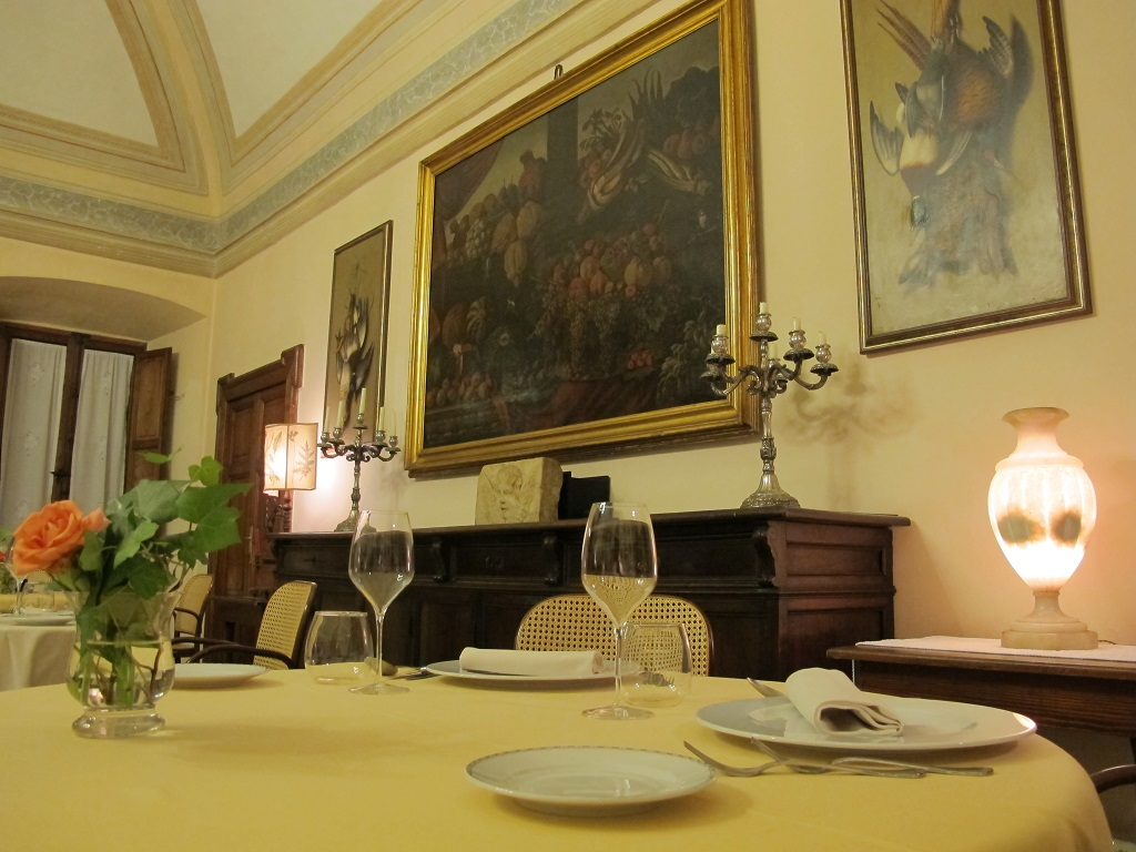Sala, Villa Roncalli, Chef Luisa Scolastra, Foligno, Perugia